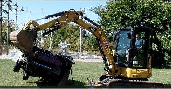 Boonsboro, Мэриленд: Car Destruction
