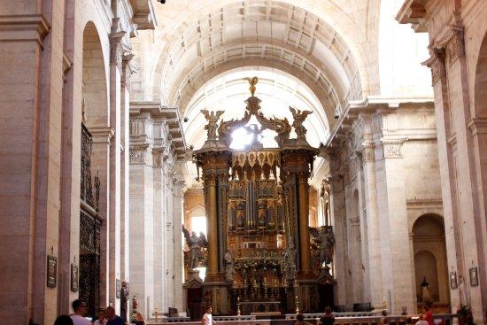 Igreja da Sao Vicente de Fora: Altar mor