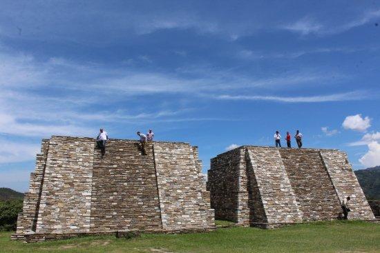 San Juan Sacatepequez, Guatemala: Ruinas