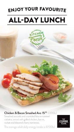Coolum Beach, Australia: Chicken & Bacon Avo Smash $15.95