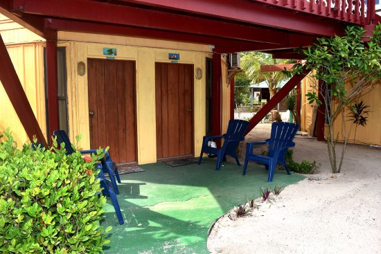 Seine Bight Village, Belice: Queen Angel Enterance