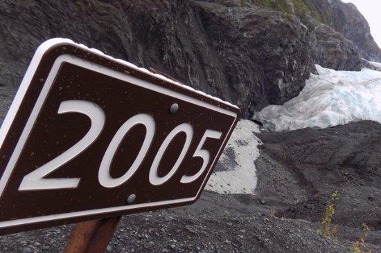 Национальный парк Кенай-Фьордз, Аляска: It's Getting Smaller...day by day.
