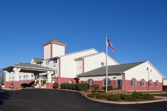 Mount Vernon, OH: Hotel Exterior
