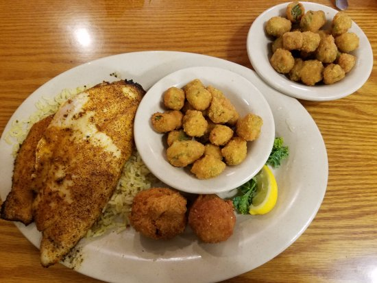 Sam's Crystal River Seafood: Blackened Red Snapper and Two Sides of Okra Plus Hushpuppies