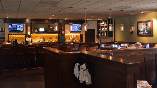 Carrabba's Italian Grill: Bar and Dining Area