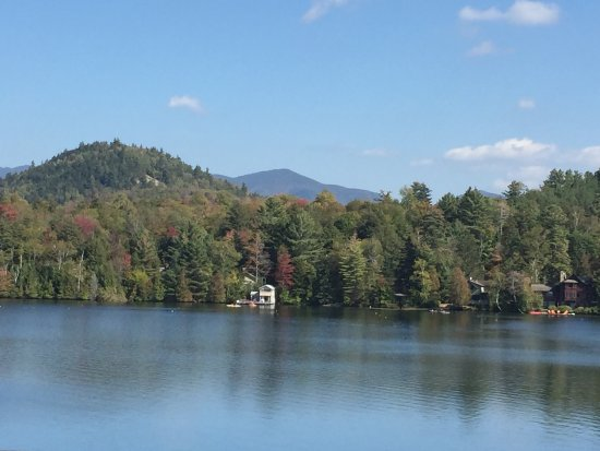 Mirror Lake Inn Resort & Spa : A fairytale village offering beautiful views friendly people and great food and drinks