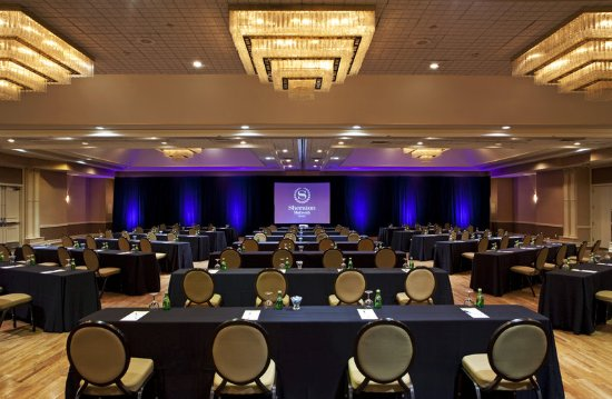 Mahwah, NJ: Ballroom - Meeting Setup