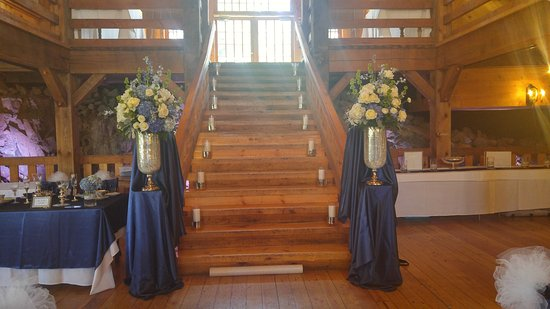 Cohasset, MA : The Red Lion Inn Resort 1704