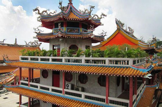 Singapore History: Bright Hill Temple, Kranji War Memorial