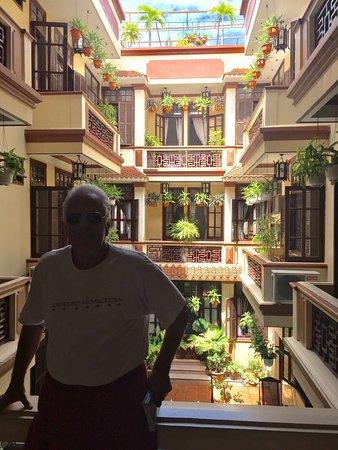 Nhi Nhi Hotel: photo2.jpg