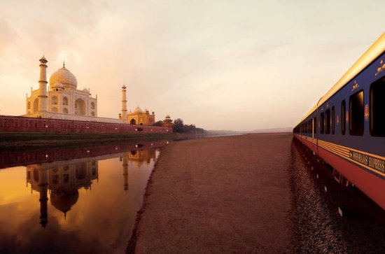 Full Day Trip to Taj Mahal From Delhi...