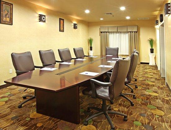 Marshall, TX: Board Room