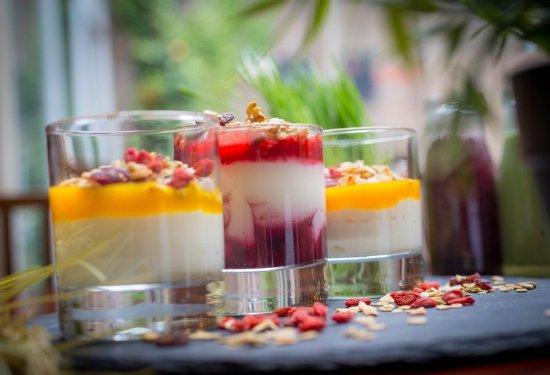 Leopardstown, Ireland: Vitality Breakfast