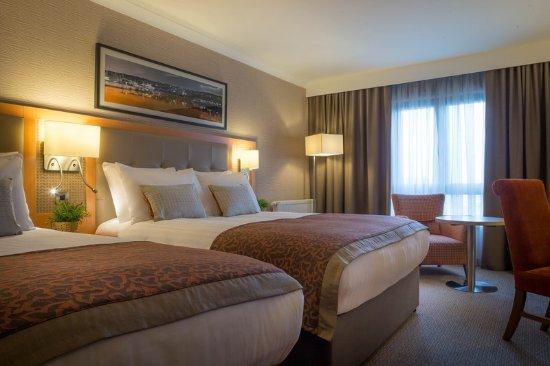 Leopardstown, أيرلندا: Superior Guest Bedroom