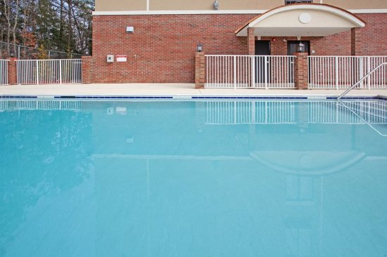 Hope Mills, นอร์ทแคโรไลนา: Swimming Pool