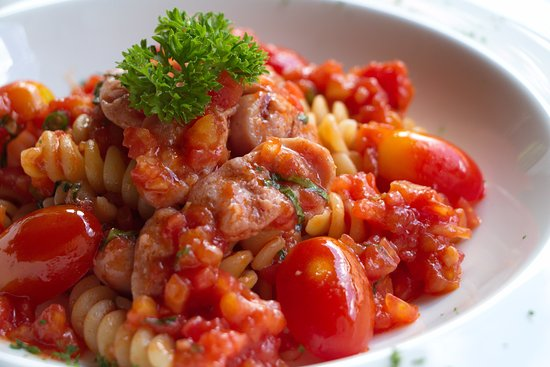 Le Crystal Restaurant : Fusilli, Spicy Sausage