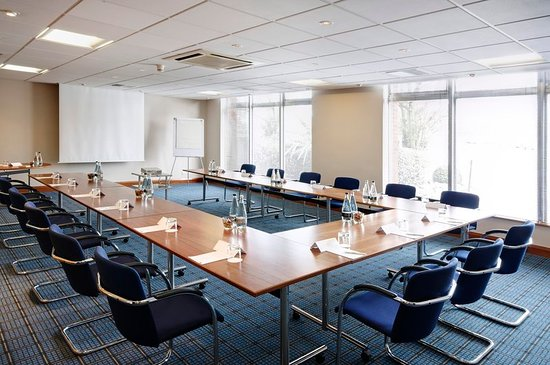 Holiday Inn - Coventry M6, Junction 2: Boardroom
