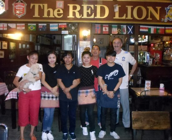 The Red Lion: The incredible staff of Red Lion Chiang Mai.