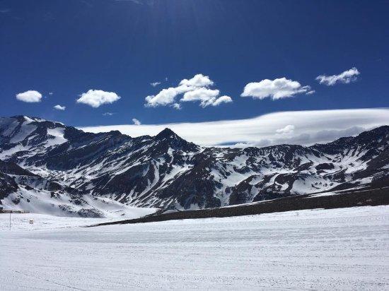 Valle Nevado - Ski Resort Chile: Cerro El Plomo and Cerro Bismark