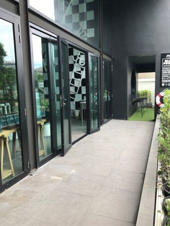 Modernes und sauberes Hotel mit hilfreichen Infos was die Stadt angeht