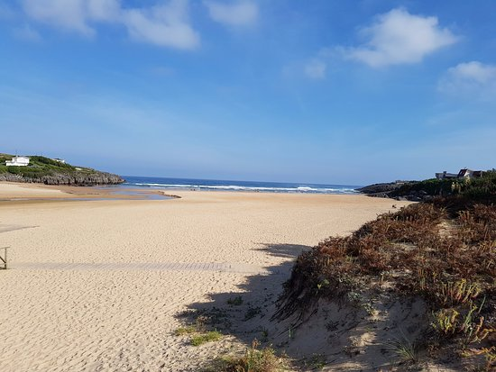 Playa de CUBERRIS en Ajo (Cantabria)