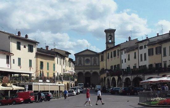 Greve in Chianti, İtalya: piazza