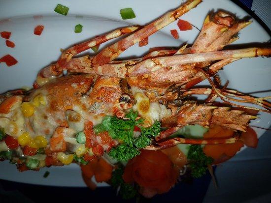 Lipa Noi, Tailandia: Очень уютный с шикарным видом на сиамский залив ресторан! А какие здесь закаты, любоваться ими м