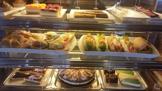 Storjord, Noruega: Kake- og smørbrødsdisk