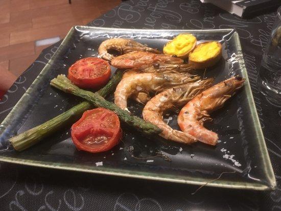 El Poble Nou Del Delta, Espanha: Llagostins (prawns) from Sant Carles.