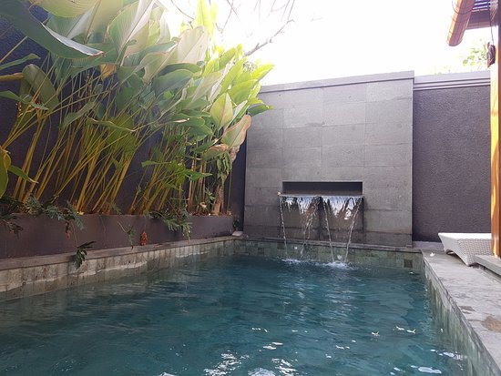 Kolam Pribadi 1 Picture Of S18 Bali Villas Kuta Tripadvisor