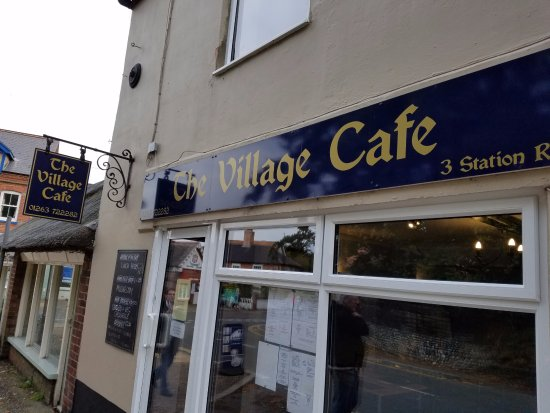 The Village Cafe: Cafe from outside