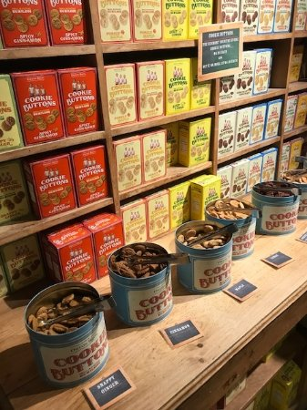 many kinds of nuts - Picture of Vermont Country Store