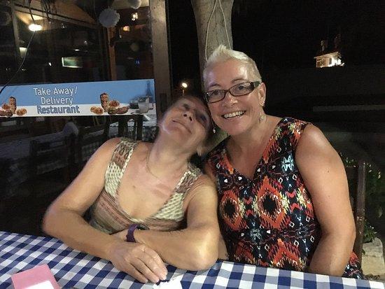 Эрими, Кипр: Ouzeraki Tavern