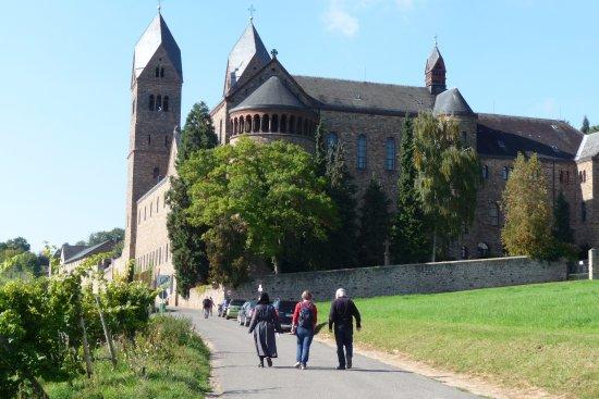 Benedictine Abbey of St. Hildegard: angekommen