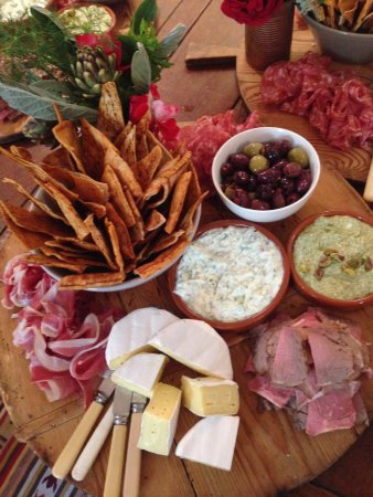 Hadspen, Australia: Meze boards for our group and events