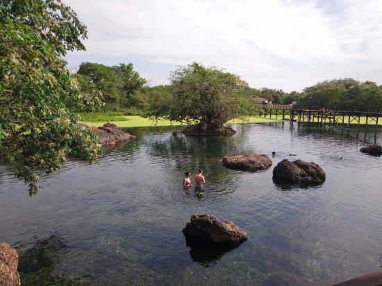 Lagoa Santa, GO: Area de banho na Lagoa.