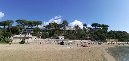 Grande Albergo Miramare: Spiaggia dell'albergo