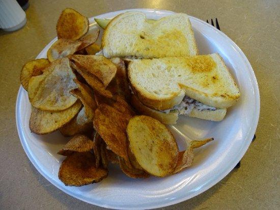 Mountain View BBQ & Deli: grilled chicken salad sandwich