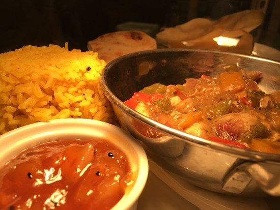 Bangor On Dee, UK : curry