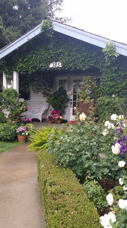 Solvang, CA: Beautiful English Garden