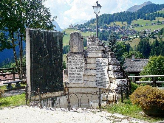 Monumento ai caduti delle guerre