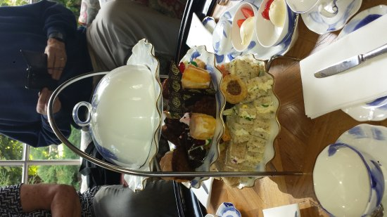 Tickton, UK: Afternoon Tea for 4