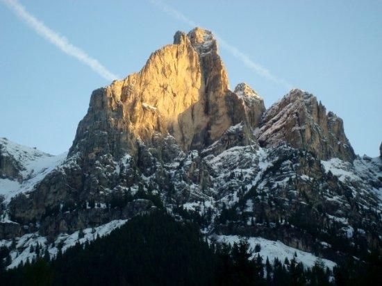 Monte Cernera: Primi raggi sul Cernera