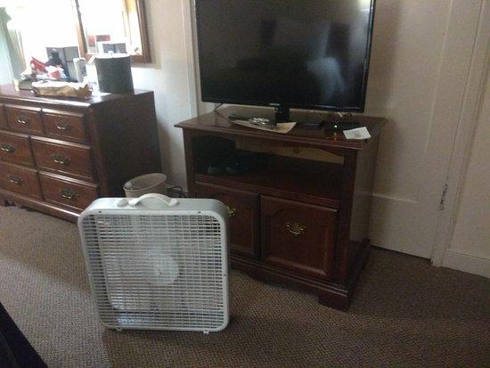 Inn At Virginia Mason Old Fan Available