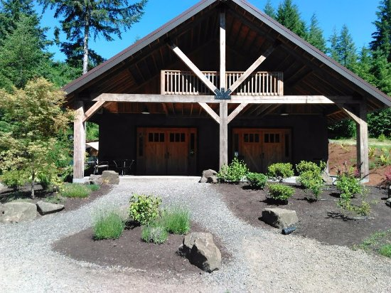 Vernonia, OR: Straw Bale Day Lodge