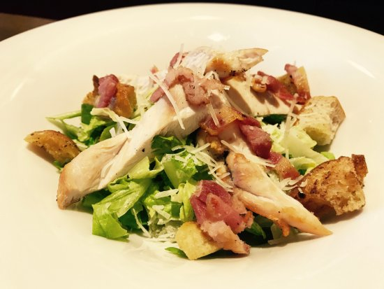‪‪Southam‬, UK: Chicken Caesar Salad- a lunchtime favourite!‬
