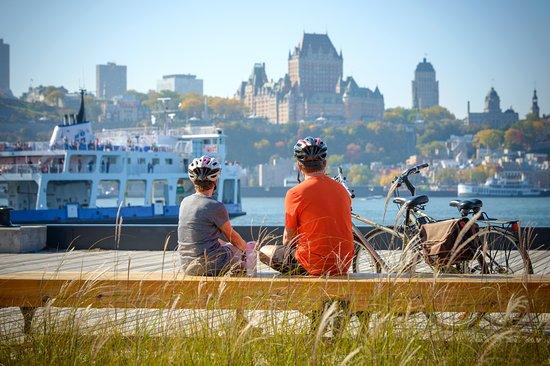 Quebec City Ferry: La traverse Québec-Lévis : la plus belle halte à vélo sur le fleuve