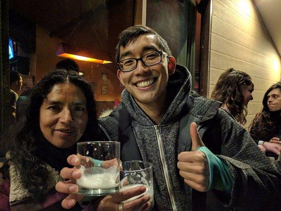 Proyecto Peru: Paula and I at Pisco Sour night :)