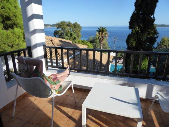 Aegean Suites: The balcony room 103