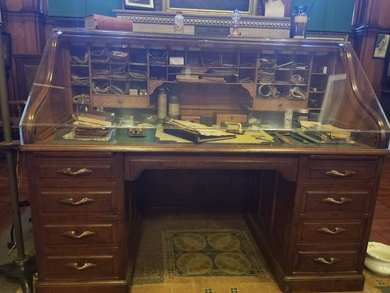 Thomas Edison National Historical Park: Edison's actual desk